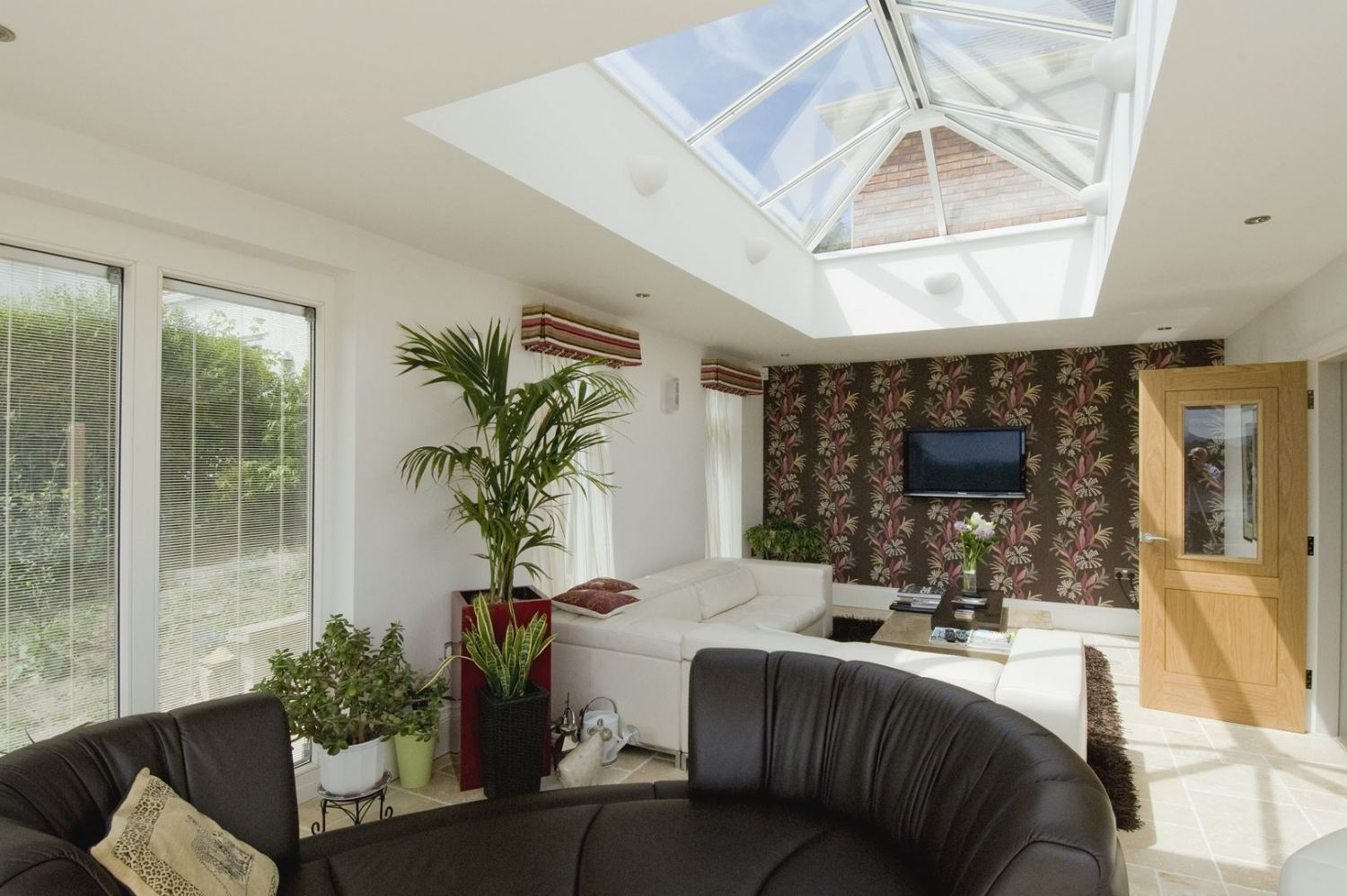 This amazing Orangery Design has dual Bi-Folding Doors to make advantage of the amazing view of Conwy Castle.